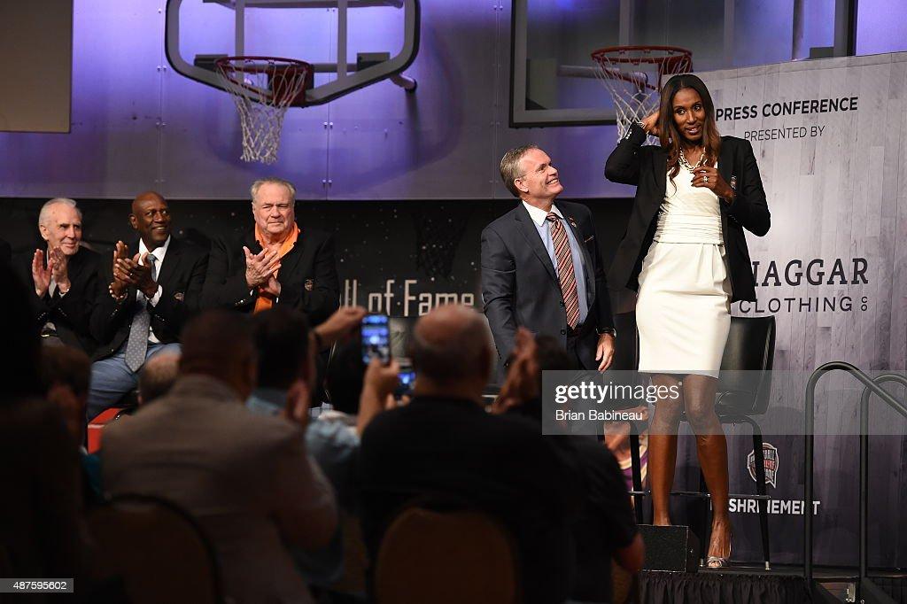 2015 Basketball Hall of Fame - Press Event : News Photo
