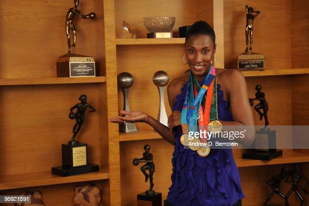 Former WNBA player Lisa Leslie poses for a photo at her home on November 28 2009 in Los Angeles California NOTE TO USER User expressly acknowledges...