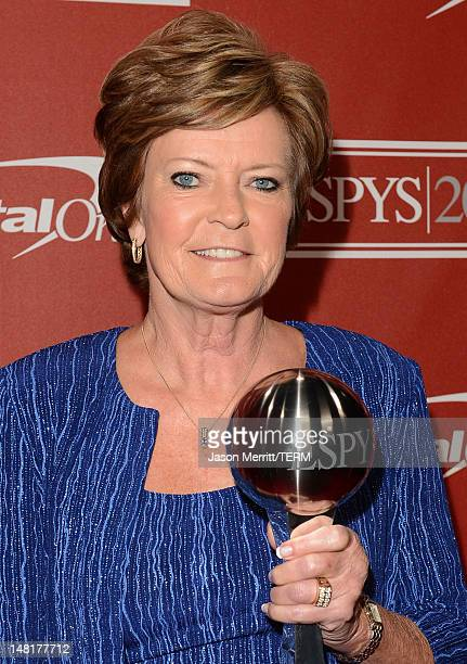 Former women's college basketball head coach Pat Summitt recipient of the Arthur Ashe Courage Award poses backstage during the 2012 ESPY Awards at...