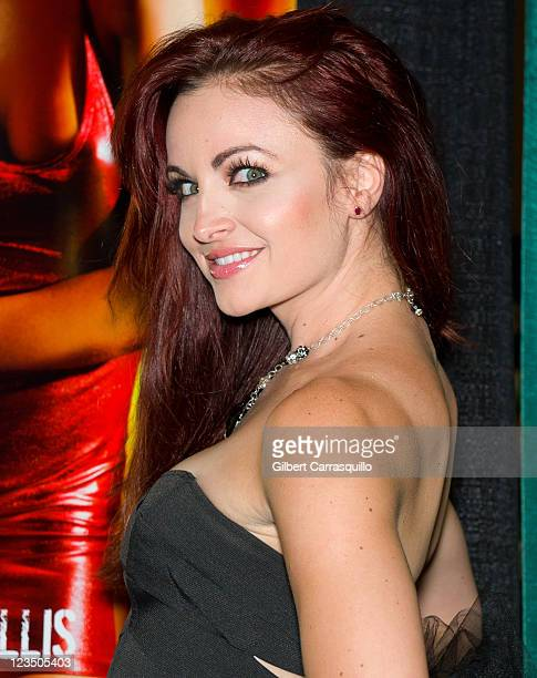 Former WWE Diva Maria Kanellis attends Wizard World's Philadelphia Comic Con 2011 at the Pennsylvania Convention Center on June 18 2011 in...