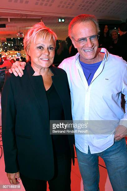 Formers students of Main Guest of the show Michel Bouquet Humorist Muriel Robin and Actor Christophe Lambert attend the 'Vivement Dimanche' French TV...