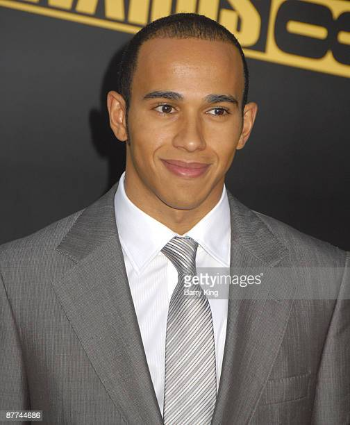 Formula one racer Lewis Hamilton arrives at the 2008 American Music Awards held at Nokia Theatre L.A. LIVE on November 23, 2008 in Los Angeles,...