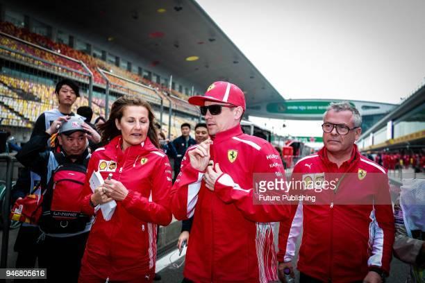 Formula one Shanghai station Kimi raikkonen autosigns his fans 12 April 2018