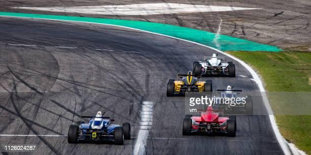 フォーミュラ レース車、トラック - サーキット場 ストックフォトと画像