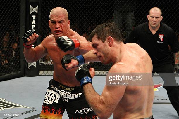 Forrest Griffin def. Tito Ortiz - split decision during UFC 106 at Mandalay Bay Events Center on November 21, 2009 in Las Vegas, Nevada.