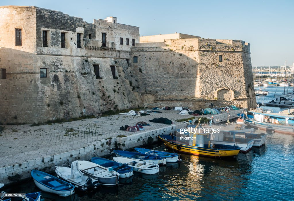 Fort and harbor, Gallipoli, Lecce, Salento, Apulia, Italy. : Stock Photo