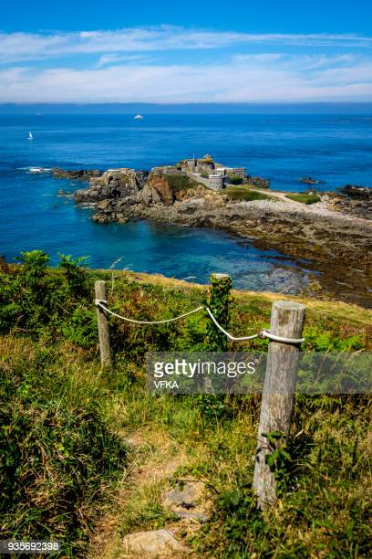 fort clonque, alderney, guernsey, channel islands - isola di guernsey foto e immagini stock