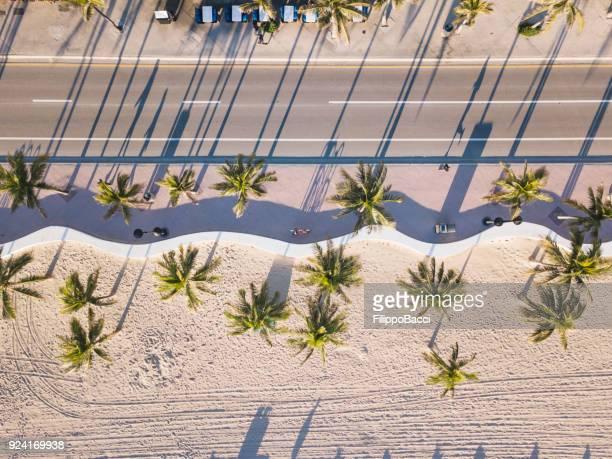 Fort Lauderdale Beach vid soluppgången från drone synvinkel