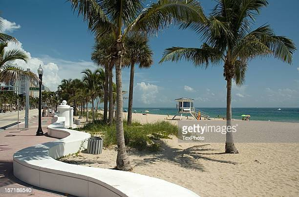 fort lauderdale beach on sunny day - sunrise fort lauderdale stock pictures, royalty-free photos & images