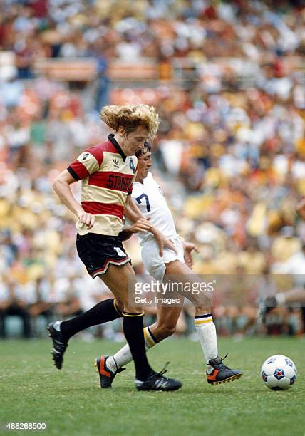 Fort Lauderdale Strikers player Ray 'Rocky' Hudson in action in a NASFL match against the New York Cosmos circa 1980