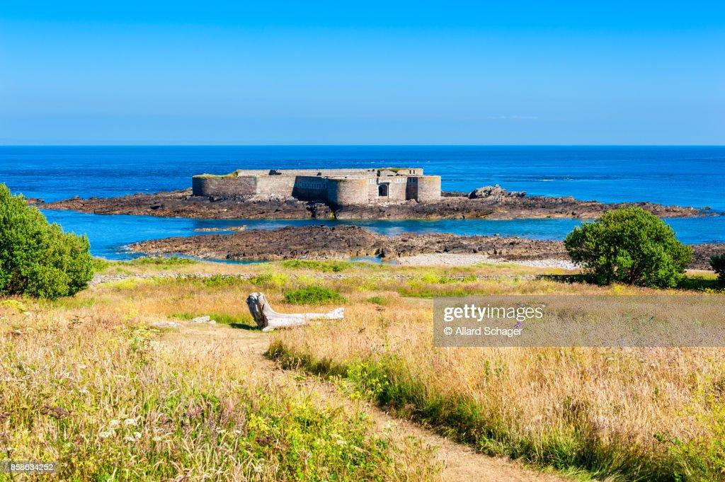 Fort Off The Coast of Alderney : Stock-Foto