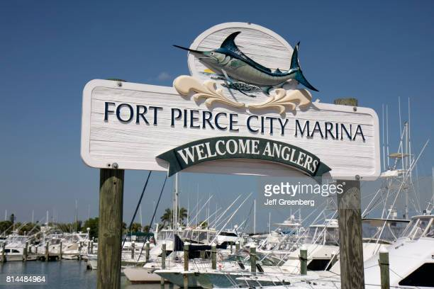 Fort Pierce City Marina welcome sign