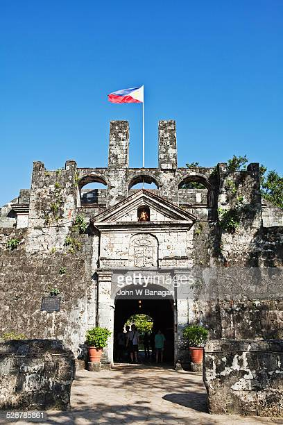 fort san pedro, cebu, phillipines - philippines flag stock pictures, royalty-free photos & images