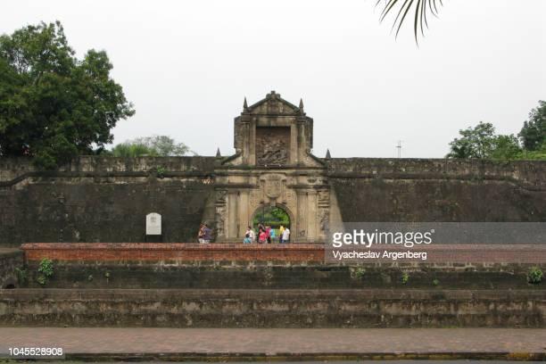 fort santiago, walled city of intramuros, manila, philippines - argenberg stock-fotos und bilder
