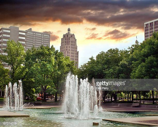 fort wayne, indiana  - indiana stock pictures, royalty-free photos & images