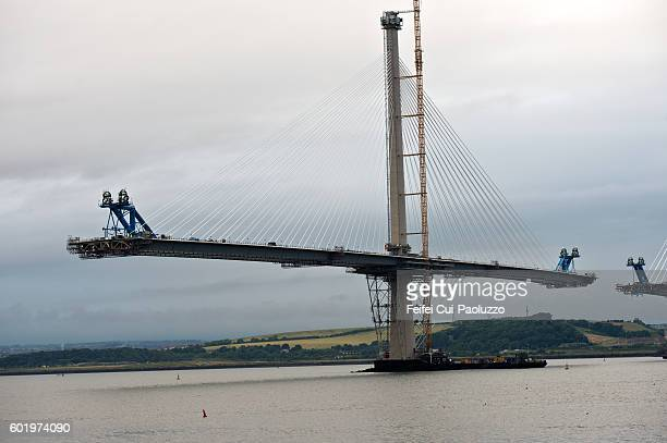forth road bridge and the construction of the new queensferry crossing - new bay bridge stock pictures, royalty-free photos & images