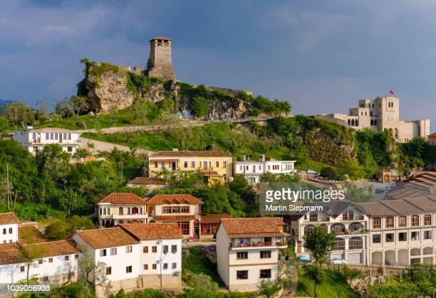 fortress and skanderbeg museum, kruja, kruje, durres qar, durres, albania - krujë stockfoto's en -beelden