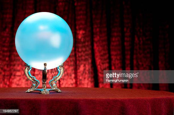 Voyant du Mystique Boule de cristal. Plein cadre. XXL