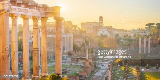 forum at sunrise, unesco world heritage site, rome, lazio, italy, europe - alan copson stock pictures, royalty-free photos & images