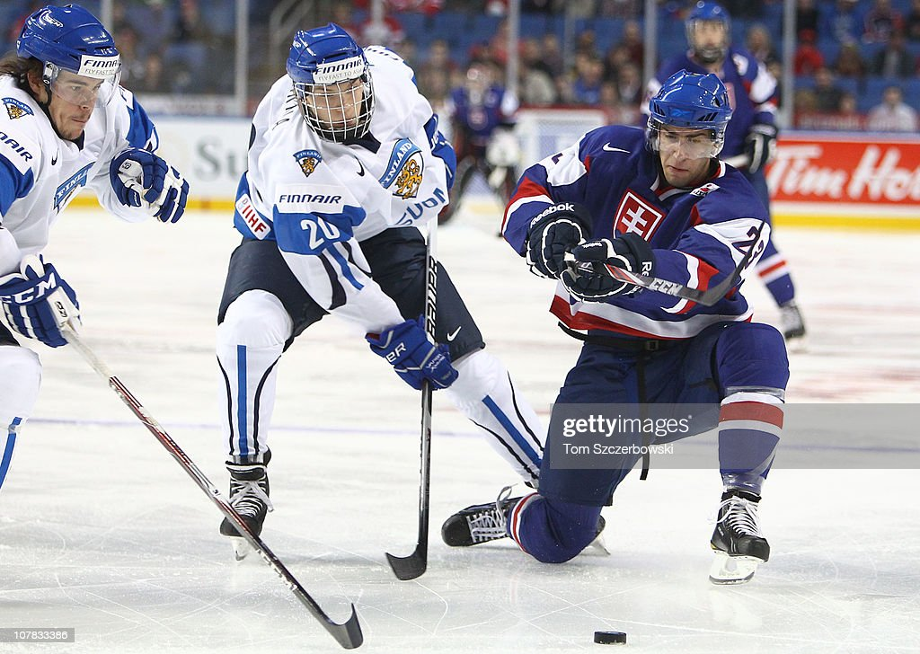 2011 IIHF World U20 Championship - Day Six