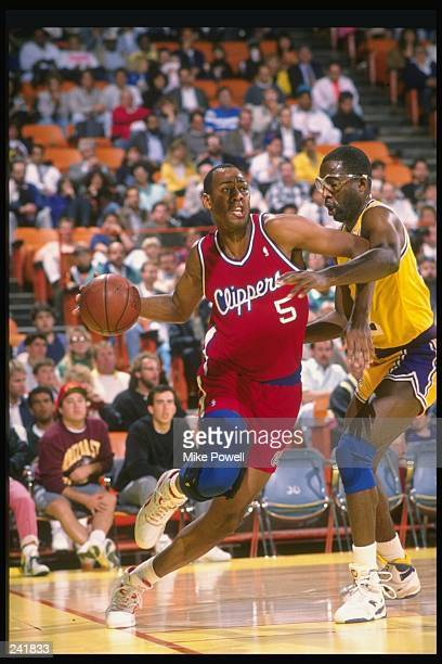 Forward Danny Manning of the Los Angeles Clippers in action during a game against the Los Angeles Lakers at the Great Western Forum in Inglewood...