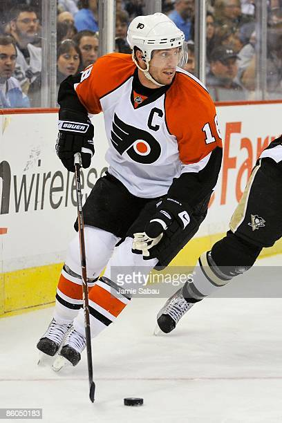 Forward Mike Richards of the Philadelphia Flyers skates with the puck against the Pittsburgh Penguins during Game Two of the Eastern Conference...