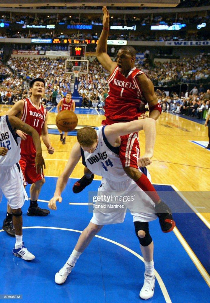 Houston Rockets v Dallas Mavericks : News Photo