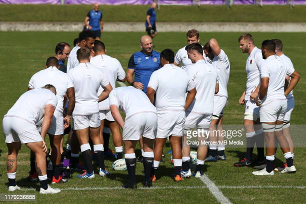 Forwards Coach Steve Borthwick talks to players during the England training session held at the Fuchu Assahi Football Park on November 1 2019 in...