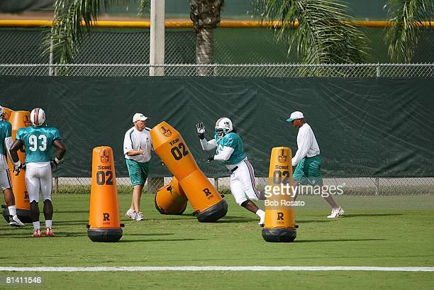 Fotball Miami Dolphins Josh Shaw in action during training camp at Nova Southeastern University Davie FL 8/3/2006
