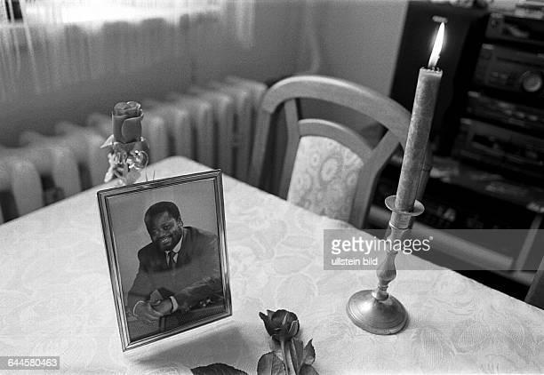 Foto des Mannes von Angelika Adriano ihr Mann Alberto aus Mosambik der schon 18 Jahre in Deutschland lebt wurde von rechten Schlaegern im Stadtpark...