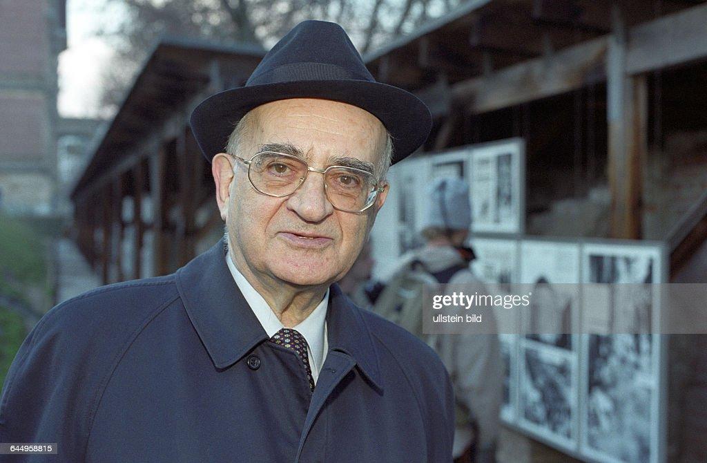 Mietek Pemper, der Schindlers Liste tippte : News Photo