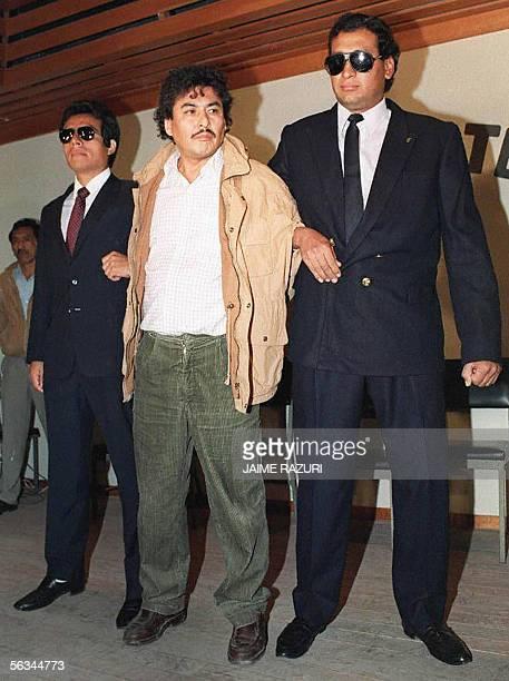 Fotografia tomada el 10 junio de 1992 del ex lider del Movimiento Revolucionario Tupac Amaru Victor Polay Campos custodiado por policias Polay Campos...