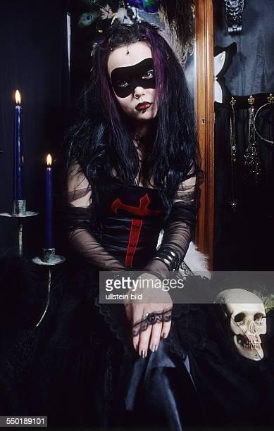 Fotshooting Gothic-Girl Berlin *Model released*