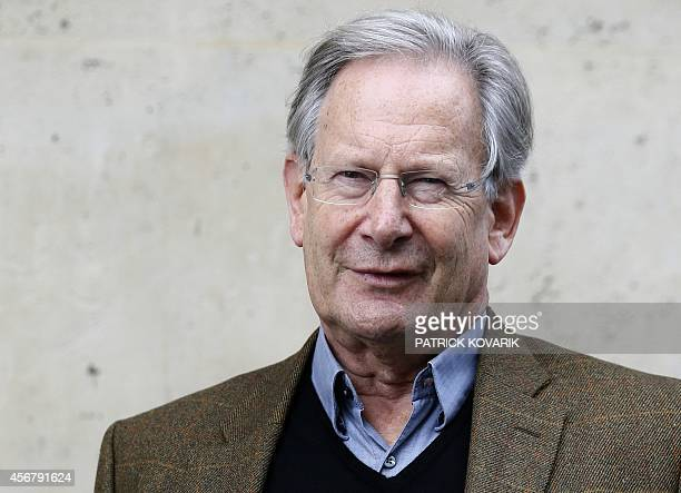 Founder and artistic director of the Monteverdi Choir, the English Baroque Soloists and the Orchestre Revolutionnaire et Romantique, Sir John Eliot...