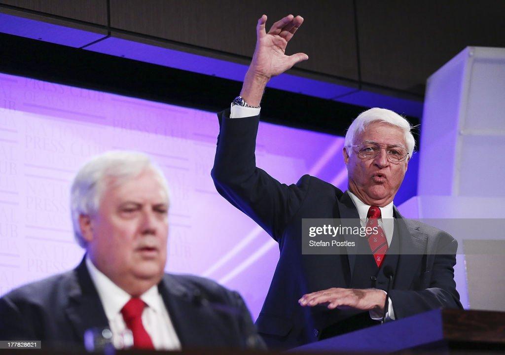 Bob Katter Debates Clive Palmer At The National Press Club : News Photo