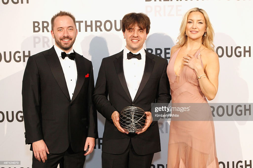 Founder/CEO of Dropbox Drew Houston, Investigator, Howard Hughes Medical Institute D.H. Chen Professor, Bioengineering and Psychiatry, Stanford University, Karl Deisseroth accepting the 2016 Breakthrough Prize in Life Sciences and actress Kate Hudson attend the 2016 Breakthrough Prize Ceremony on November 8, 2015 in Mountain View, California.