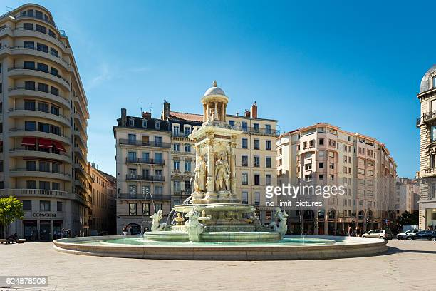 Fountain at Jacobin's place in Lyon