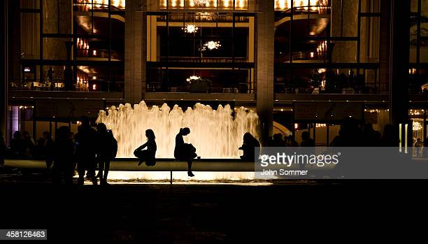 fountain at lincoln center - the theater lincoln center stock pictures, royalty-free photos & images
