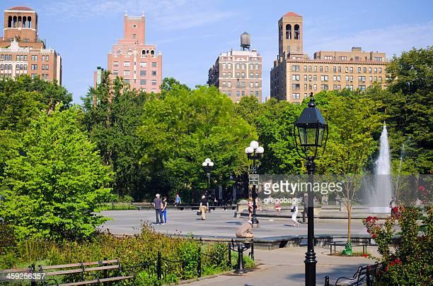 ファウンテンで、ワシントンスクエア公園はマンハッタン - ニューヨーク郡 ストックフォトと画像