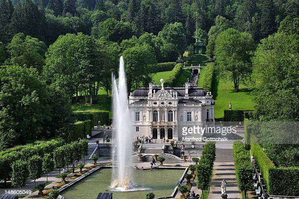 Fountain in full display in front of the Linderhof Palace and gardens.