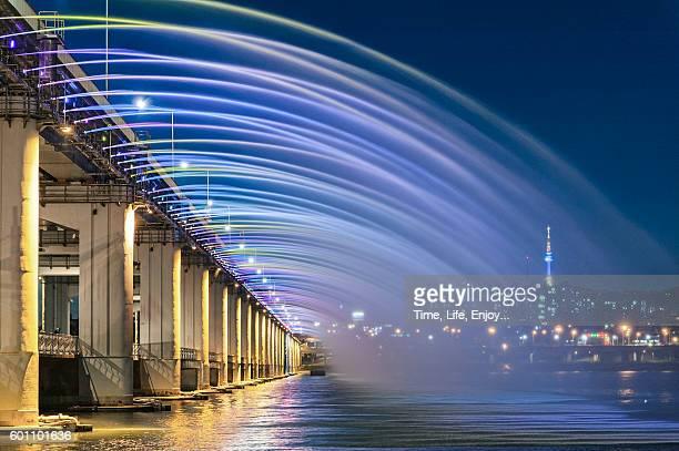 Fountain show of Banpo Bridge