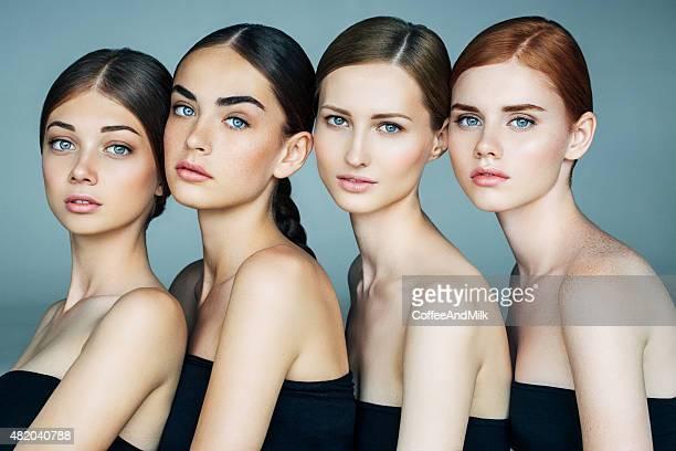 Quatro raparigas bonitas com uma Maquiagem natural