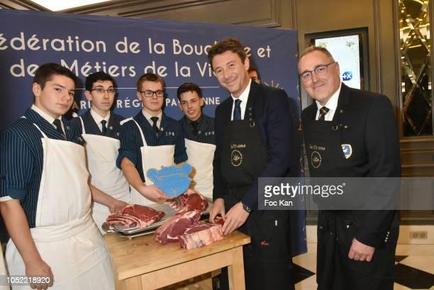 Four Butchery students government representative Benjamin Griveaux and Laurent Callu President de La Boucherie et des Metiers De La Viande attend The...