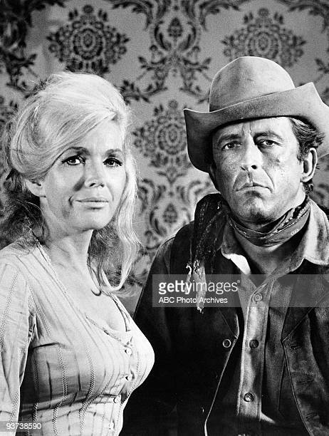 VALLEY Four Days to Furnace Hill 12/04/67 Juli Reding Fritz Weaver