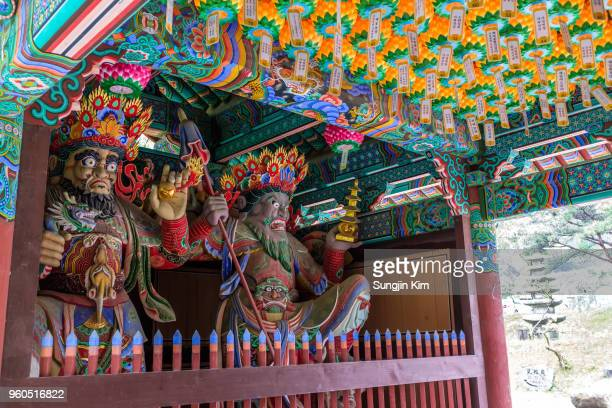 four devas at the gate of buddhist temple - sungjin kim stock pictures, royalty-free photos & images