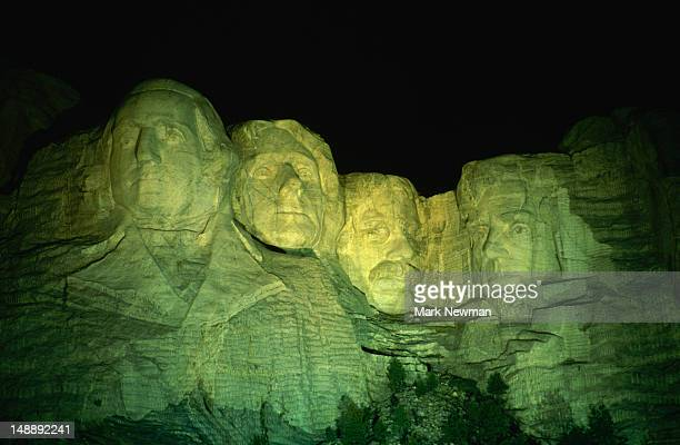 four exalted men, all once president of the united states carved into mt rushmore. - all the president's men stock pictures, royalty-free photos & images