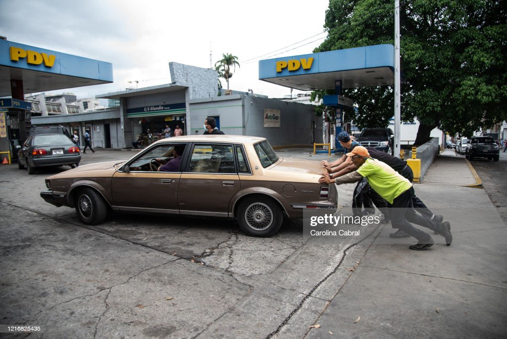 Venezuela Eases Coronavirus Restrictions Amid Fuel Crisis : News Photo