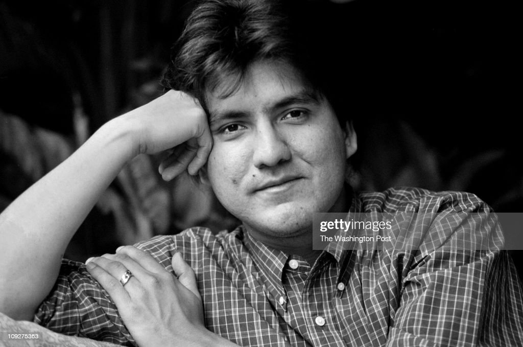 sherman alexie smoke signals Sherman alexie, jr (born 7 october 1966 in spokane, washington) is an award-winning and prolific writer (of novels, short stories, poems, and screenplays) and occasional comedian who lives in seattle, washington much of his writing draws on his experiences as a modern native american (he is a.