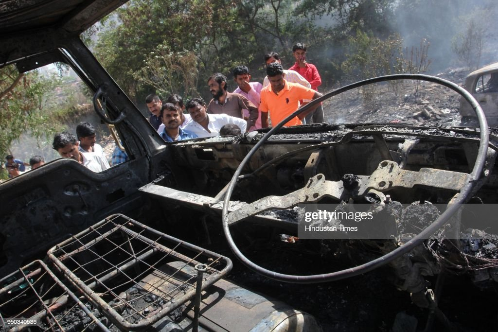 Four Vehicles Catch After Garbage Fire At Thane