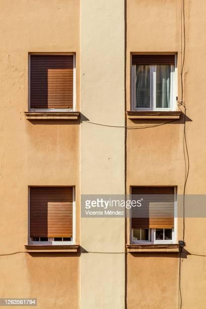 four windows - vicente méndez fotografías e imágenes de stock